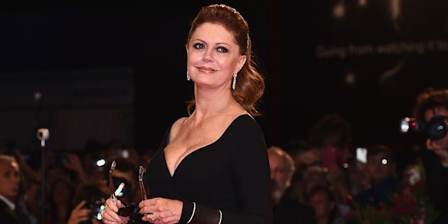 VENICE, ITALY - SEPTEMBER 03:  Susan Sarandon walks the red carpet ahead of the 'The Leisure Seeker (Ella & John)' screening during the 74th Venice Film Festival at Sala Grande on September 3, 2017 in Venice, Italy.  (Photo by Stefania D'Alessandro/WireImage)