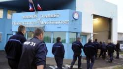 Des détenus lancent une cagnotte pour un surveillant de prison devenu