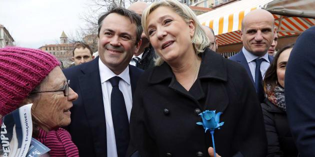 La candidate du Front national à l'élection présidentielle Marine Le Pen sur un marché à Nice, le 13 février 2017.