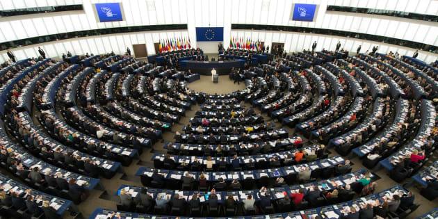 Les eurodéputés interrompent une séance du Parlement européen en soutien à la grève des interprètes