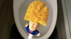 Alguien ha creado una escobilla de baño con el rostro de Trump... Y puedes