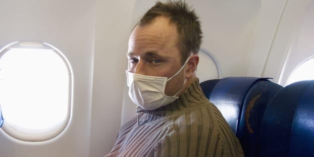 Si votre voisin d'avion a la grippe, vous avez 80% de chance de l'attraper.