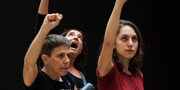 Miles de manifestantes se volvieron a reunir este domingo durante el juramento de Kavanaugh a la Suprema Corte para mostrar su rechazo al nombramiento