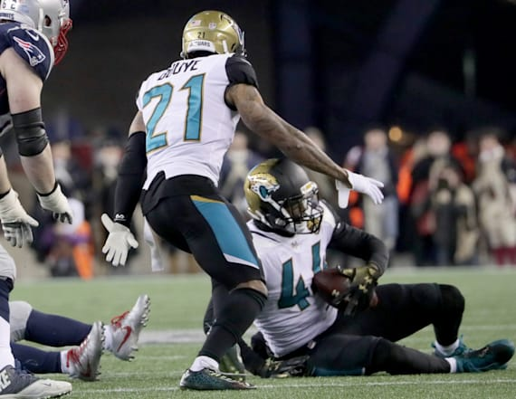 NFL explains controversial call on big Jaguars play