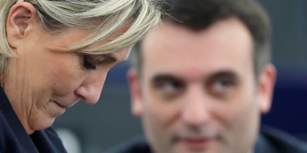 La présidente du Front national Marine Le Pen aux côtés de Florian Philippot lorsqu'il était encore son vice-président.