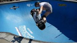 Watch 16-Year-Old Skating Phenom Poppy Starr Tear Up The Bondi