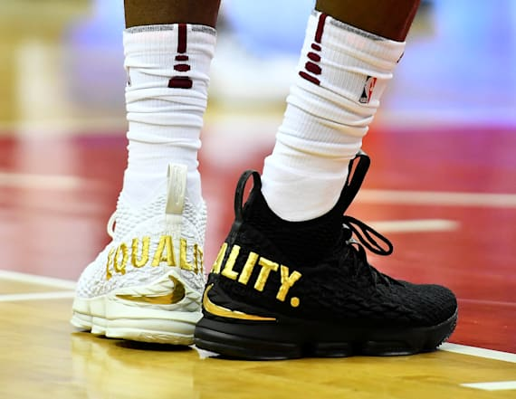 LeBron James repudiates Trump with sneaker choice