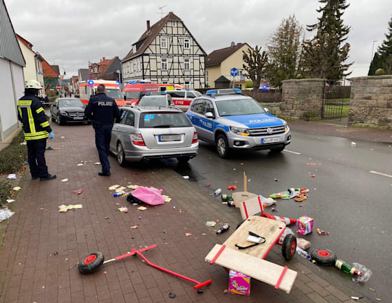 Car hits crowd at Carnival in German town