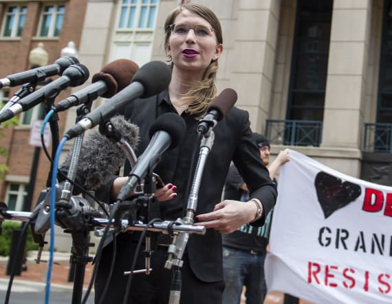 Chelsea Manning renews effort to end jail term