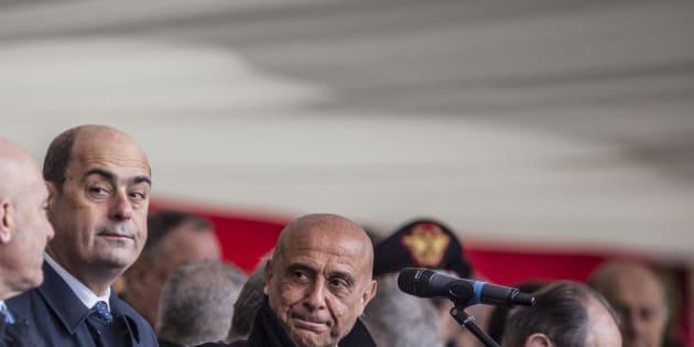 Primarie Pd, testa a testa tra Zingaretti e Minniti sulla fi