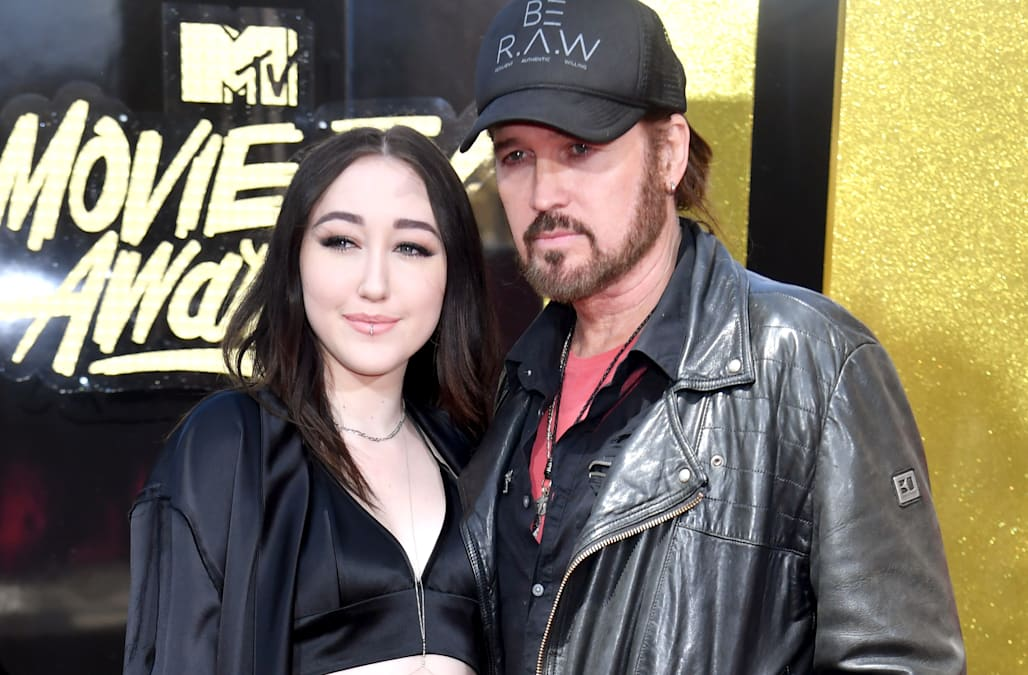 EXCLUSIVE: Billy Ray Cyrus says Noah's hitting 'full ...