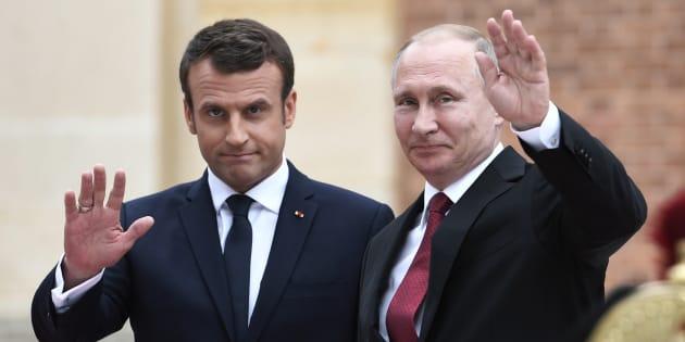 Emmanuel Macron et Vladimir Poutine, lors de leur rencontre au château de Versailles en mai 2017.