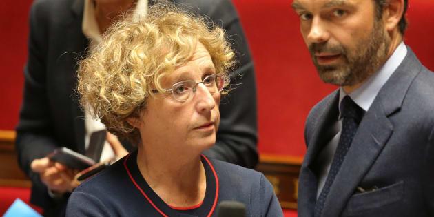 """Couac à l'Assemblée, la majorité supprime par """"erreur"""" toutes les cotisations sur l'emploi des apprentis (Photo: Muriel Pénicaud à l'Assemblée nationale, le 26 septembre 2017)"""