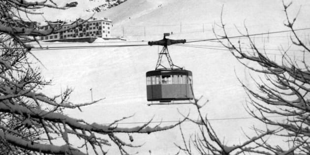 The snowy peak of Mount Cervino, in the western Alps; in the center, a cable car. Western Alps, Cervino (Italy), 1965.. (Photo by Mondadori Portfolio via Getty Images)