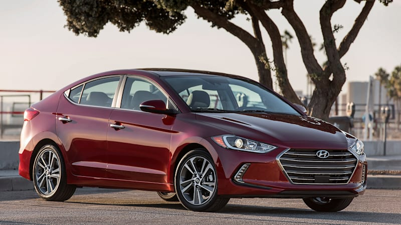 2017 Hyundai Elantra arrives with a host of upgrades [w