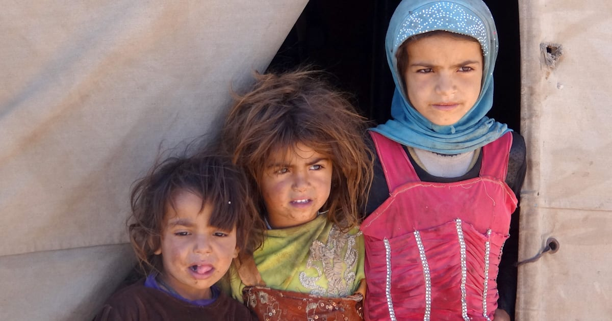 Louis Tomlinson Sisters Update: We Can't Ignore The Hell That's Been Created In Yemen