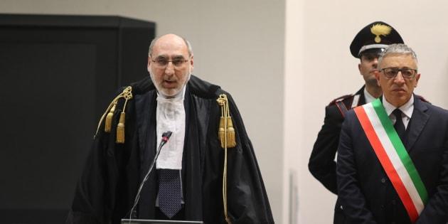 Il presidente della Corte D'Assise di Palermo Alfredo Montalto (S) durante la lettura della sentenza del processo sulla cosiddetta trattativa Stato-Mafia, Palermo, 20 aprile 2018. ANSA/ IGOR PETYX
