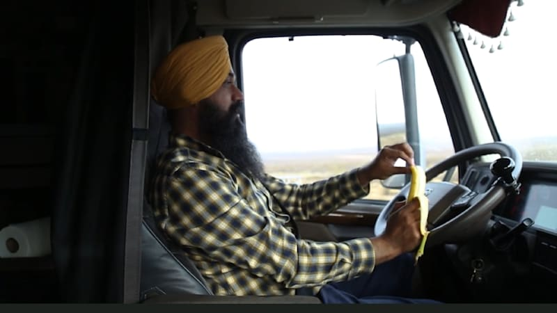33db6de2f America has a truck driver shortage, and Sikhs step up to fill it ...