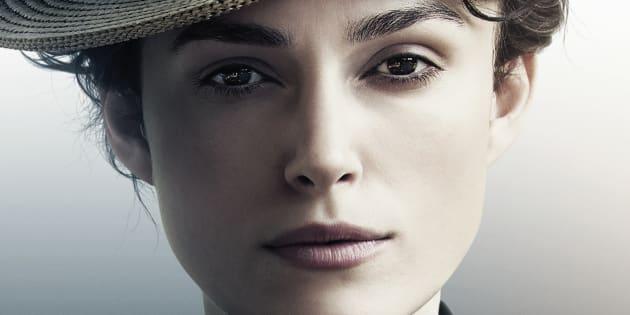 """Keira Knightley joue Colette, l'une des plus grandes romancières françaises, auteure des célèbres """"Claudine à l'école"""", """"Chéri"""" ou """"Le blé en herbe""""."""