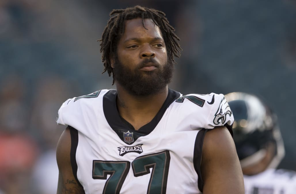 separation shoes b27ea 2e558 Among Eagles and Falcons players, only Michael Bennett takes ...