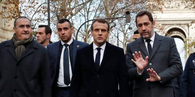 Emmanuel Macron, qui constate les dégâts après la manifestation du 1er décembre, se rapproche d'une prise de parole sur les gilets jaunes.