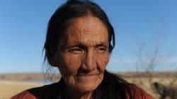 En la semana de Acción de Gracias, los americanos nativos son atacados con gas lacrimógeno en Dakota del