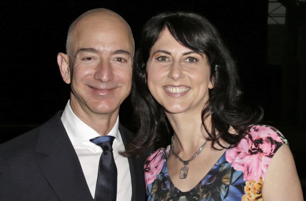 Jeff Bezos, Lauren Sanchez's families knew about affair