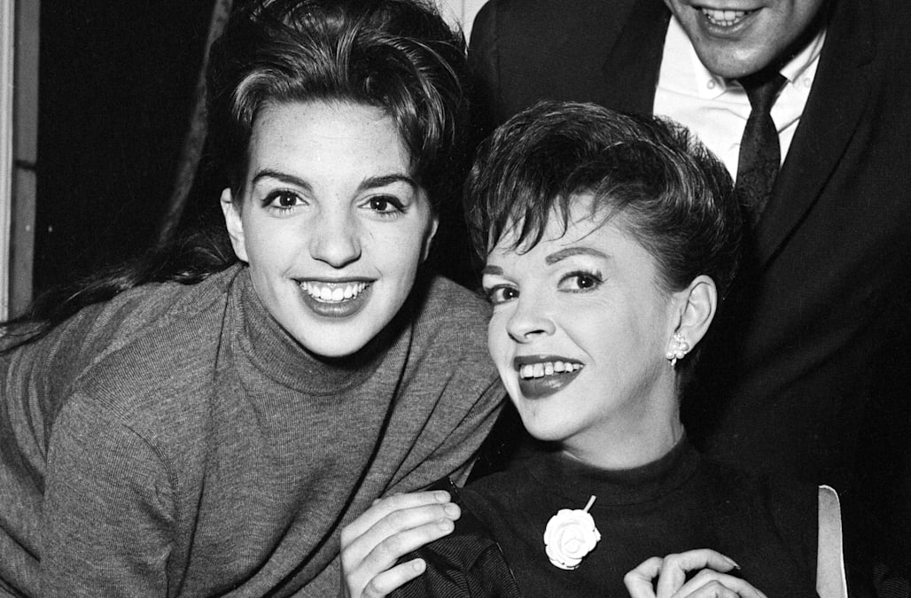 Why Liza Minnelli Is Concerned About Renee Zellweger S Judy Garland Biopic Exclusive