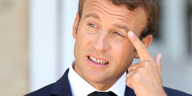 La cote de popularité de Macron continue sa dégringolade