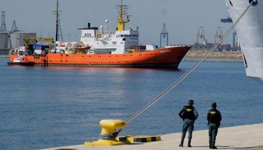 L'Aquarius va finalement accoster à Malte avec ses 141 migrants, la France en accueillera