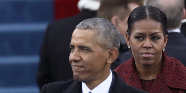 """Un enregistrement accablant de Weinstein diffusé, les Obama """"dégoûtés"""" par les révélations"""