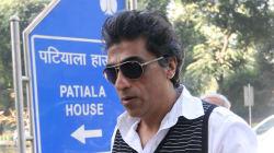 'Chennai Express' Producer Karim Morani Booked For Allegedly Raping