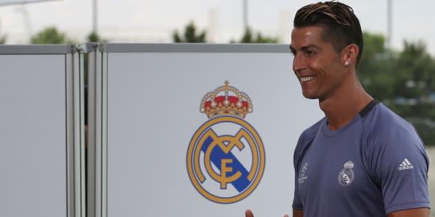 Cristiano Ronaldo papa de jumeaux, annoncent les médias portugais