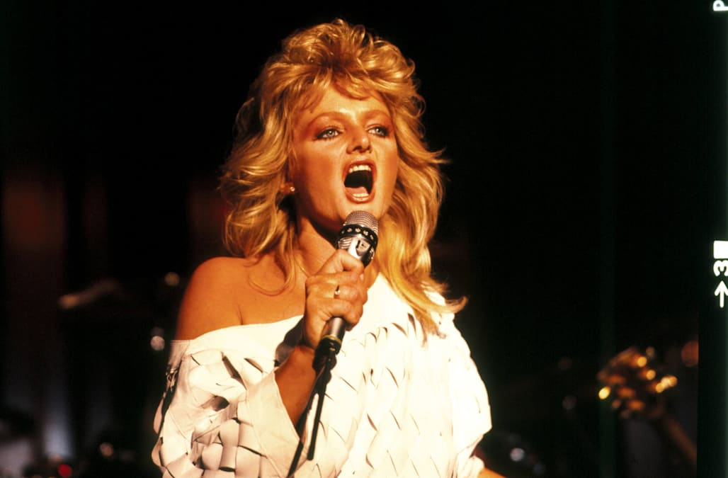Bonnie Tylers Total Eclipse Of The Heart Tops ITunes Ahead Solar