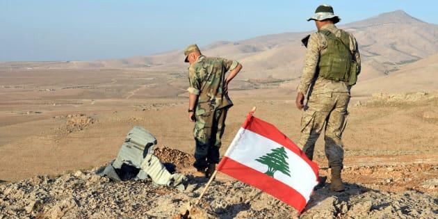"""Le Liban lance l'opération """"l'aube du Jouroud"""" pour chasser Daech hors de ses frontières / En photo, des soldats libanais près de Ras Baalbekle 17 août 2017"""