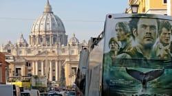 Da gennaio 2019 i bus turistici non potranno entrare nel centro di Roma. Raggi: