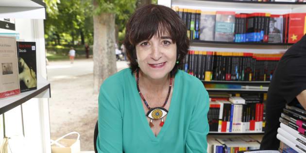 Rosa Montero en la Feria del Libro de Madrid 2017, en el Parque del Retiro.
