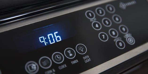 Si l'horloge de vos appareils électroménagers est en retard, c'est à cause... du Kosovo
