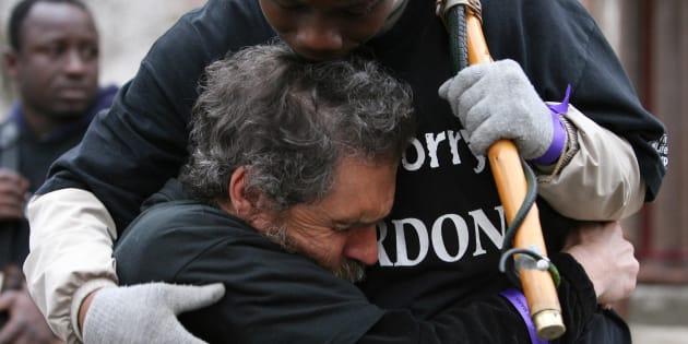 Ativistas fazem ato em Londres para marcar o aniversário da abolição do tráfico de escravos na Inglaterra.