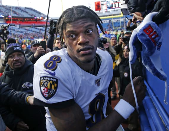 Lamar Jackson works out with Antonio Brown