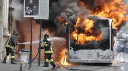 Esplode un bus nel centro di