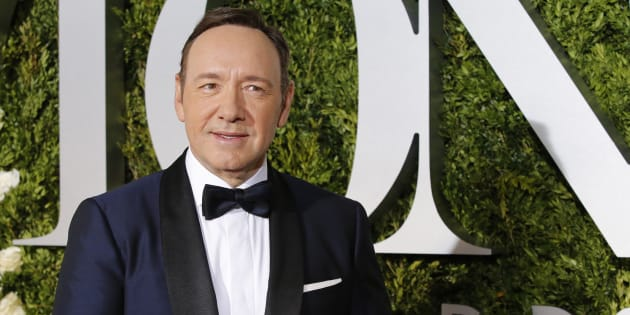 XXSTRINGERXX xxxxx  Reuters                       Kevin Spacey fait son coming out et s'excuse d'avances inappropriées dont on l'accuse