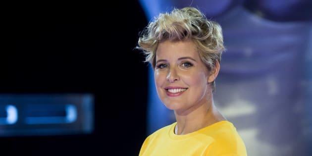 La presentadora Tania Llasera durante la presentación de la 5ª temporada de 'La Voz' y la 4ª temporada de 'La Voz Kids' el 19 de julio.
