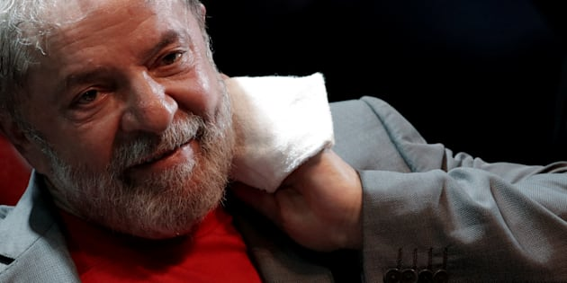 Moro decreta prisão de Lula.