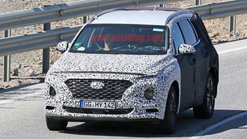 Continue Reading Hyundai Santa Fe Shows Its Face On Mountain Roads