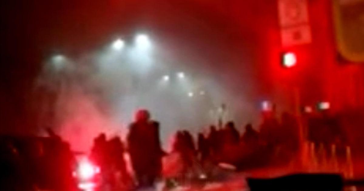 Gli scontri con mazze e catene e l'investimento del tifoso nerazzurro: cosa è successo a Milano prima di Inter-Napoli