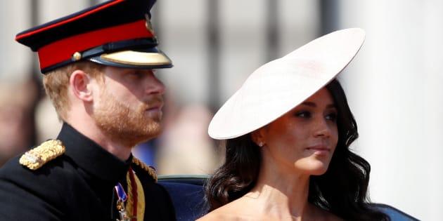 Le prince Harry et sa nouvelle épouse ont participé à la cérémonie du «salut aux couleurs», le 9 juin dernier.