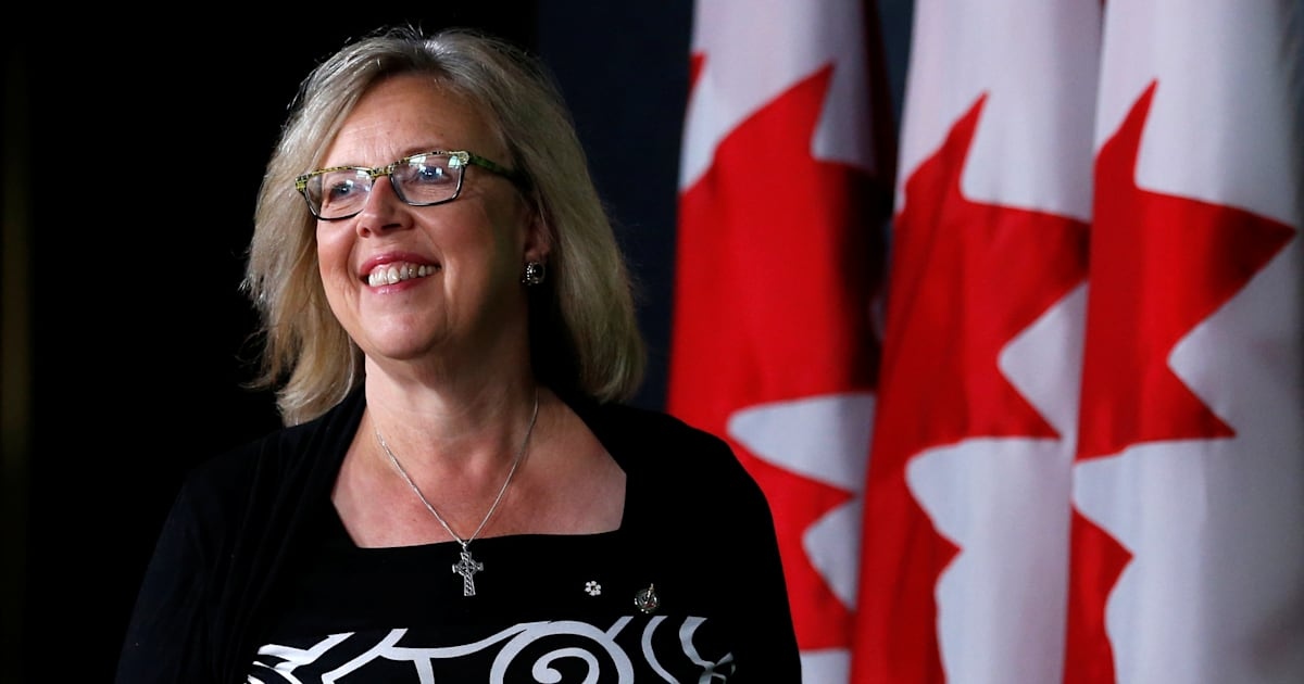 green party sticks up for elizabeth may after bullying accusations. Black Bedroom Furniture Sets. Home Design Ideas