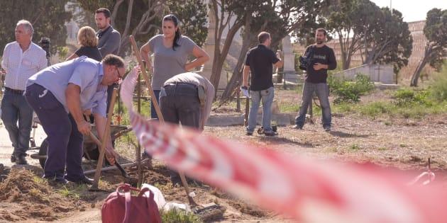 Imagen de las primera jornadas de trabajo en el cementerio de San José, el pasado otoño.