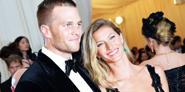NEW YORK, NY - MAY 05:  Tom Brady (L) and Gisele Bundchen attend the 'Charles James: Beyond Fashion' Costume Institute Gala at the Metropolitan Museum of Art on May 5, 2014 in New York City.  (Photo by Mike Coppola/Getty Images)
